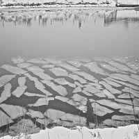 Broken Ice on the River Withim, Бостон