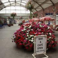 Bridlington Rail Station Flowers, Бридлингтон