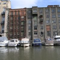 Old warehouses overlook the Floating Harbour, Bristol., Бристоль