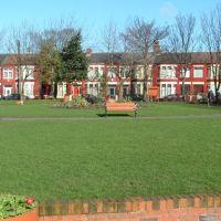 Devonfield Gardens Orrell Park, Бутл