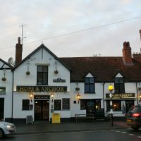 The Hope & Anchor Pub in Wokingham, Вокингем