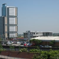 Wolverhampton Station, and new Student block, Вулвергемптон