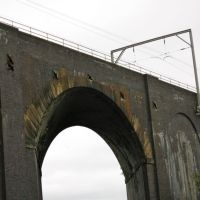 Skew Arch of Oxley Viaduct over the Birmingham Canal Main Line (Grade II Listed Building), Вулвергемптон