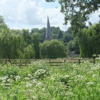 Buryfield Park and Parish Church of Saint Peter & Saint Paul, Godalming, Годалминг