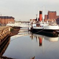Grimsby Docks Lincoln castle, Гримсби