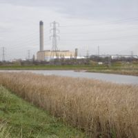 River Cray, looking towards Littlebrook Power Station, Дартфорд