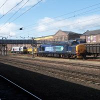 37423 and 67026 sit on the plant at doncaster, Донкастер