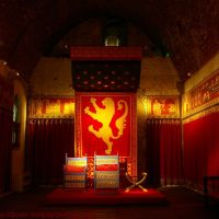 Henry II Throne, Kings Hall, Great Tower Royal Palace, Dover Castle, Kent, UK, Дувр