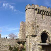 Lewes castle, Ист-Гринстед