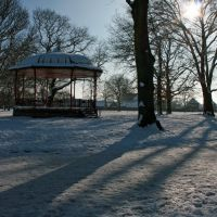Pleasure Park band stand in the snow, Кеттеринг