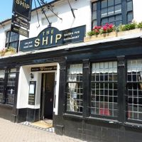 The Ship, Christchurch, Кристчерч