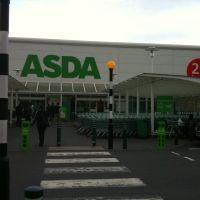 ASDA Supermarket Crawley, Кроули