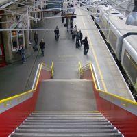 Platform 5 at Crewe, Крю