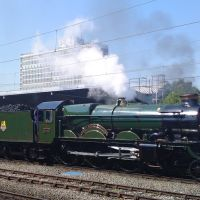Earl of Mount Edgecombe leaves Crewe, Крю