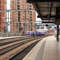 Leeds Railway Station ,Platform 3, Лидс