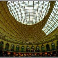 Leeds - City centre...The Corn Exchange.., Лидс