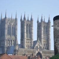 Lincoln Cathedral and Castle Wall, Линкольн