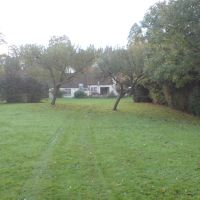 Randalls Road Farmhouse. Wildlife SOS, Leatherhead, Литерхед