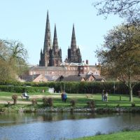 Lichfield Cathedral from Beacon Park, Личфилд