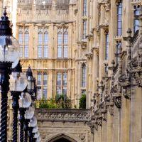 """Observando y """"pispeando"""" por Westminster, Лондон"""