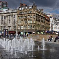Piccadilly Gardens, Манчестер