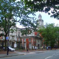 Manchester University Hospitals, Манчестер