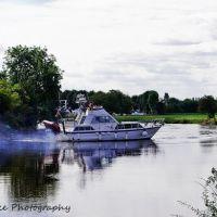 The boat, Ньюарк
