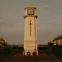 War Memorial, Horden Recreation Park; St Marys Church in background, Петерли