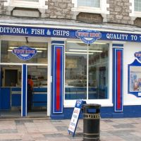 FISH & CHIPS shop at Plymouth Harbour, Плимут