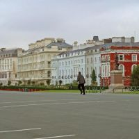 The Promenade, Плимут