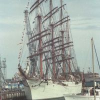 "Enormous Russian Cadet training ship the ""Cedov"", Портсмут"