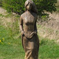 Cycle trip UK 201305: wood art along the cycle path to Lincoln, Рагби