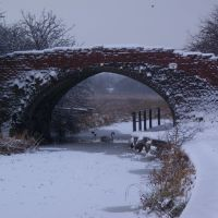 Bury Bolton Canal Winter 2010 Bridge t former Hams Farm Radcliffe, Радклифф