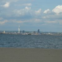 Portsmouth skyline from the Isle of Wight, Райд