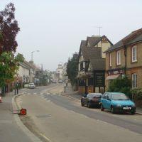 Lesbourne road looking east, Рейгейт