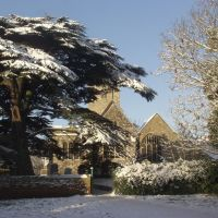 Rayleigh Church in snow, Рейли