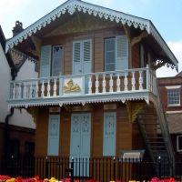 Charles Dickens Chalet, Rochester, Kent, UK, Рочестер