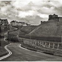 Gloomy day, wavy road, Саут-Шилдс