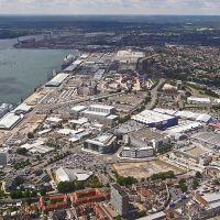 Southampton Docks, Саутгэмптон