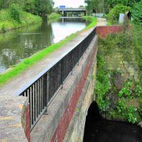 Aquaduc Bridgewater Canal - Urmston, Trafford M32 8, England, United Kingdom, Сейл