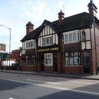 319. the saddlers arms, public house. warwick road, solihull, west midlands. sept. 2011., Солихалл