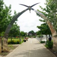 THE SWAN ARCHES STAINES, Стайнс