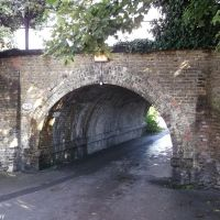 Footpath under the railway line, Стайнс