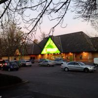 Halfords and Homebase, Staines, Стайнс