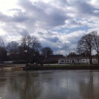 The River Thames, Staines (7), Стайнс