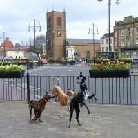 Dog Sculptures, Stockton-on-Tees, Стоктон