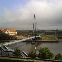 Millenium Bridge with New Double Arch Span in Background, Стоктон-он-Тис