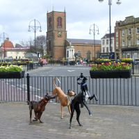 Dog Sculptures, Stockton-on-Tees, Стоктон-он-Тис