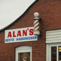 The Famous Alans barbers, Стоурбридж