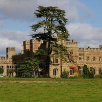 Hampton Court, Herefordshire. October 2006., Стретфорд